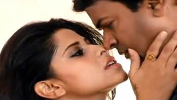 Rom Rom: Hot Song from Marathi film No Entry - Pudhe Dhoka Aahey