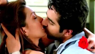 Sadi Gali Aaja Video Song - Nautanki Saala | Ayushman Khurana, Pooja Salvi