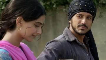 Mera Yaar Hai Rab Warga / Alif Allah Video Song - Bhaag Milkha Bhaag