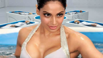 Raaz 3 Video Song - Bipasha Basu