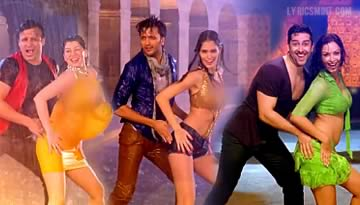 Tu Bhi Mood Mein - Grand Masti Hot Rain Dance Song