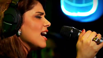 RUNG: Hadiqa Kiani Performance & Lyrics with translation - Coke Studio 5