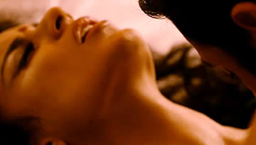 YEH JUNOON: Shootout at Wadala Hot Bed Scene of Kangana Ranaut & John Abraham