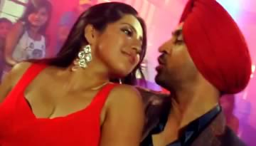LALTEN NACHDI Lyrics & Video: Diljit Dosanjh, Hot Neetu Singh (Saadi Love Story)