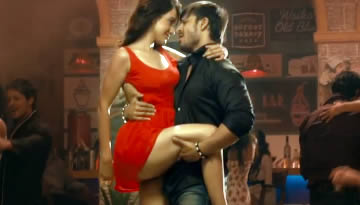 Jayantabhai ki Luv Story Video Song - Thoda Thoda | Vivek Oberoi , Neha Sharma