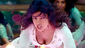 RamLeela Item Song Video - Ram Chahe Leela | Priyanka Chopra in Hot Avatar