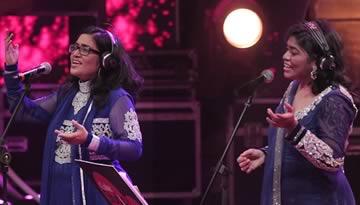 ENNILE MAHA OLIYO - AR Rahman & Sisters (Rayhanah, Issrath Quadhri)