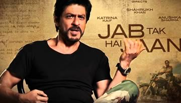 Shahrukh Learns to play Guitar for Challa - Jab Tak Hai Jaan
