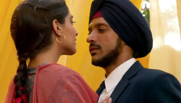VIDEO: O Rangrez Song - Bhaag Milkha Bhaag