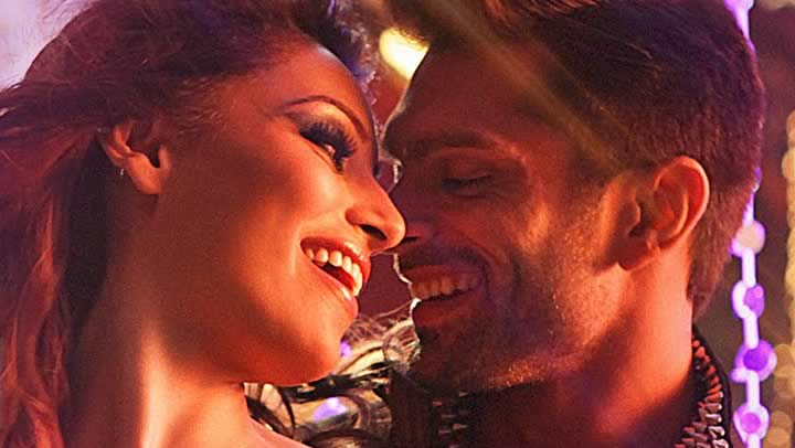Touch My Body Video Song - Alone | Bipasha, Karan
